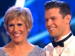http://www.shewired.com/television/2014/03/18/swimmer-diana-nyad-cuts-rug-emdancing-starsem