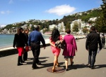 https://www.linkedin.com/pulse/20130819224838-659753-walking-meetings-can-you-solve-hard-problems-while-walking